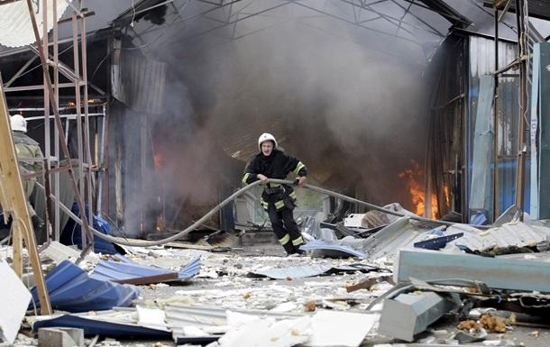 Пожарные Донецка попали под артиллерийский обстрел