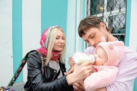 Дом2: Александр Задойнов хочет познакомить своих дочерей от разных матерей