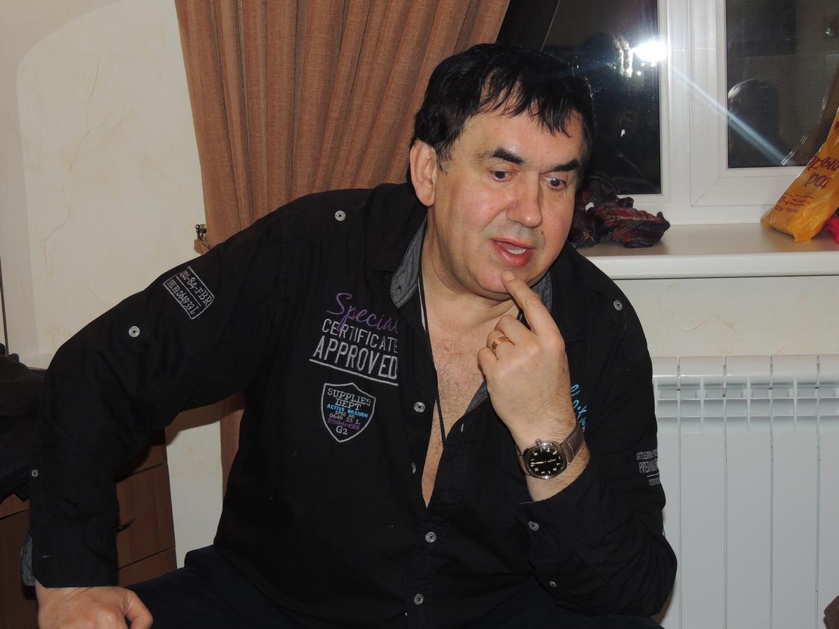 Станислав Садальский призвал отца Жанны Фриске прекратить шабаш на костях