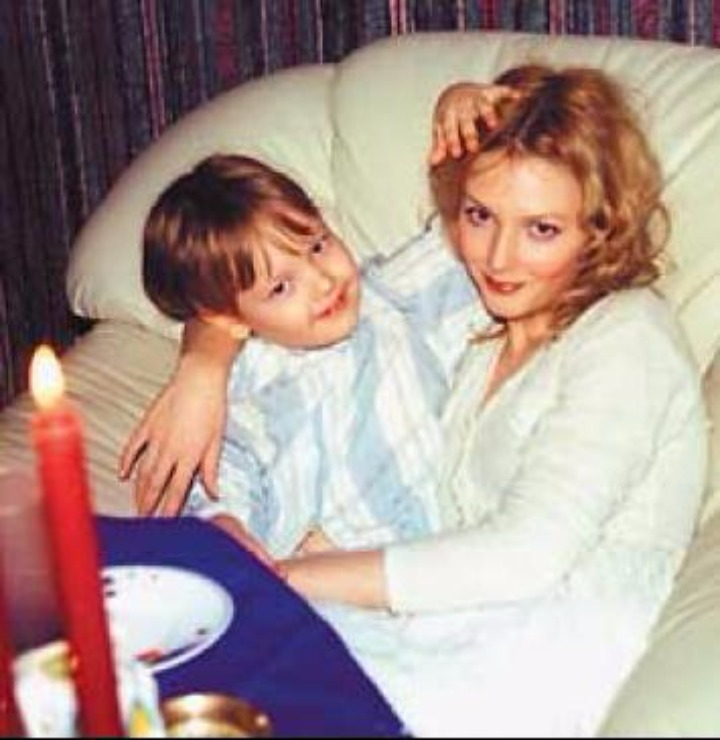 актриса ольга понизова и ее сын фото