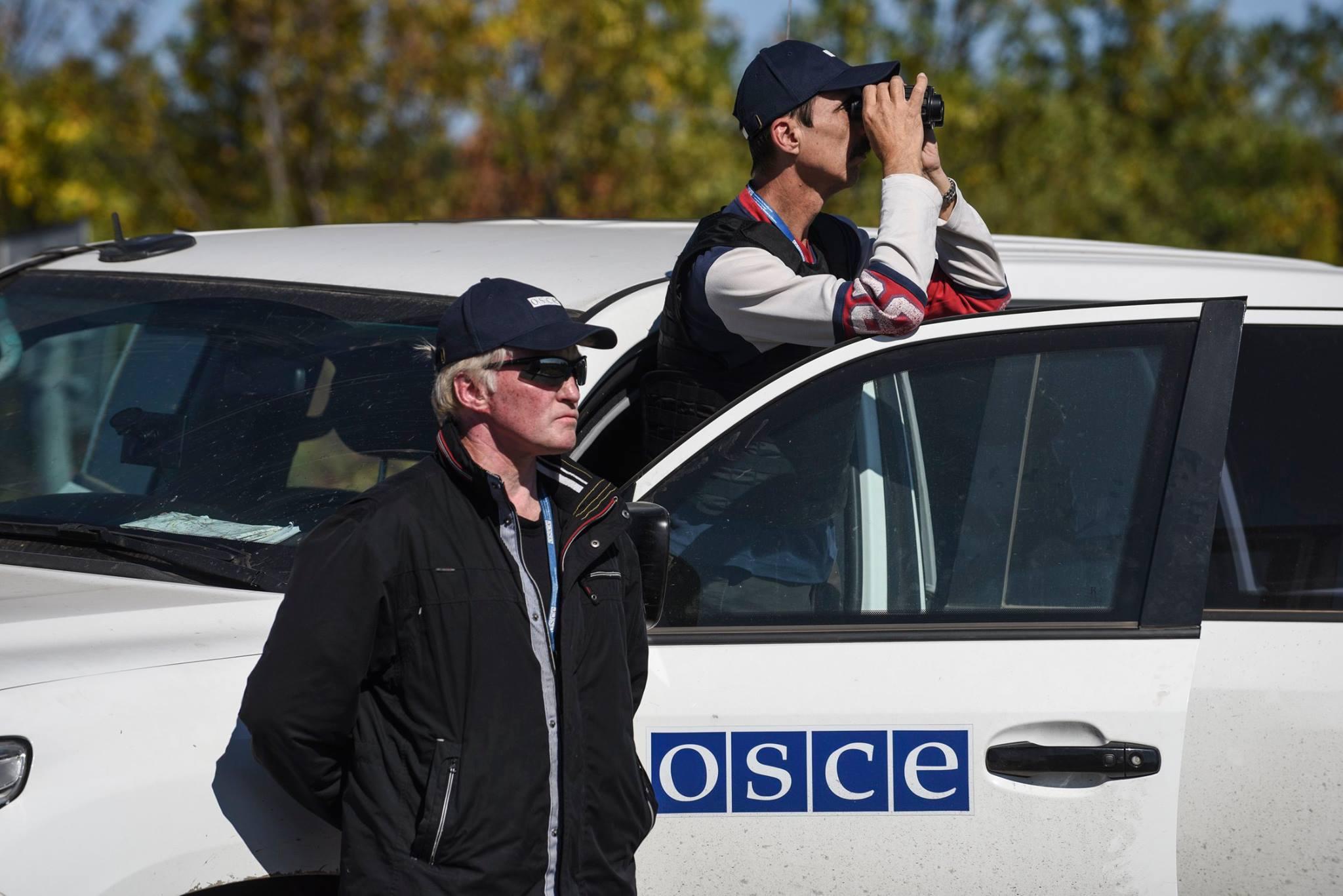 ОБСЕ официально подтвердила минометный обстрел автомобиля миссии