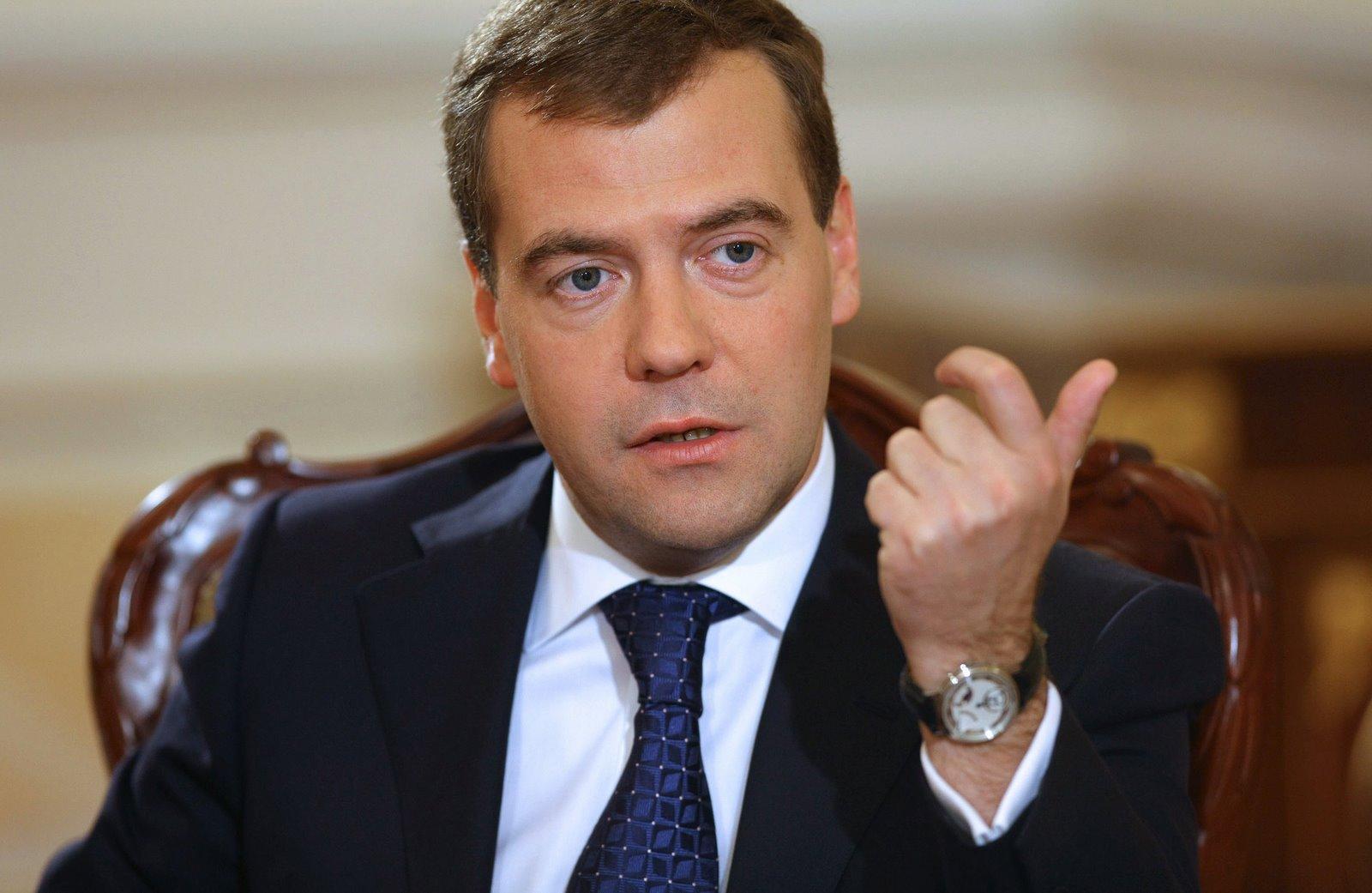 Дмитрий Медведев: авиаудары по Сирии без резолюции СБ ООН – незаконны