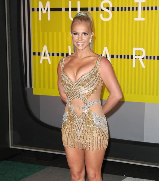 Откровенное платье Бритни Спирс и голая Майли Сайрус на MTV Video Music Awards
