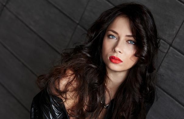 Настасья Самбурская рассказала подробности о связи с несовершеннолетним