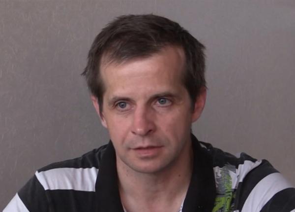 Несчастному отцу Варвары Карауловой стало плохо в здании суда