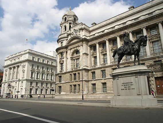 В Минобороне Великобритании заявили о готовящихся терактах в стране