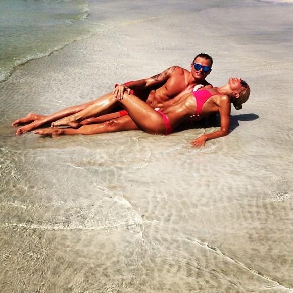 Ольга Бузова с мужем фото