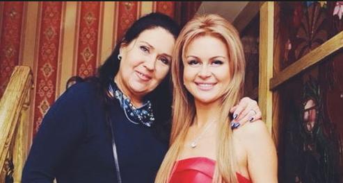 Марина Африкантова с матерью