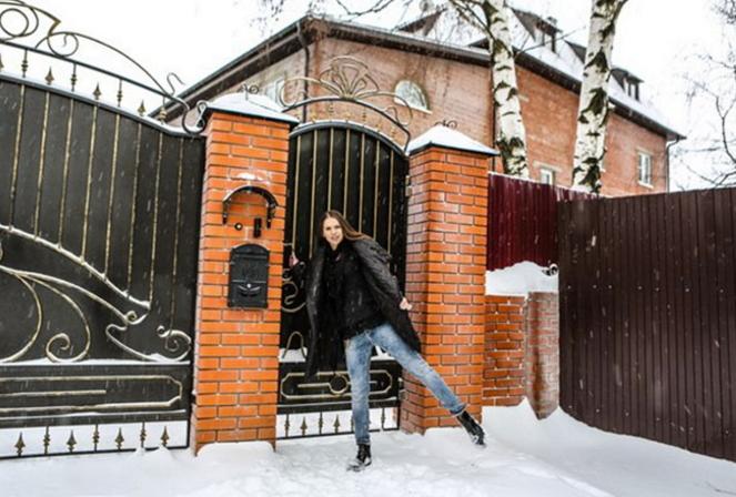 Саша Артёмова