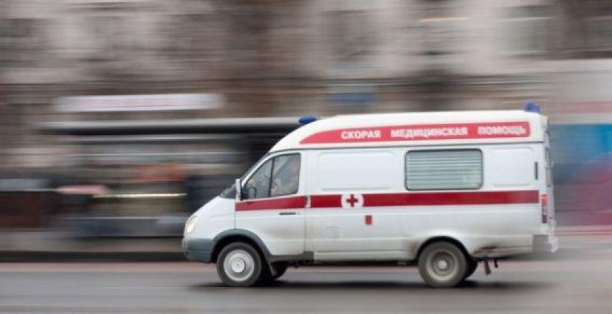 Женщина с новорожденным ребёнком выпрыгнула из окна в Санкт-Петербурге