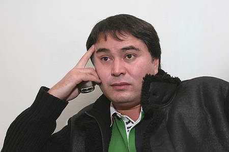 Арман Давлетьяров стал жертвой грабителей