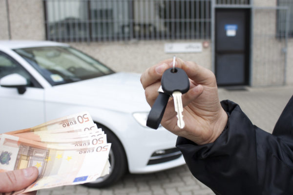 buying a car with key exchange