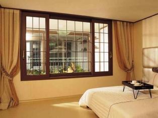 Пластиковые или деревянные: какие окна выбрать?