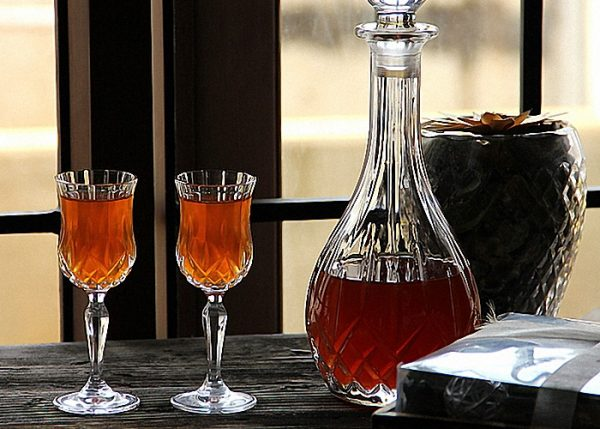 domashnee-vino-iz-kryzhovnika