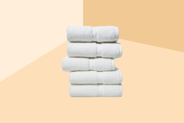 how to pick the best bath towels stack of towels